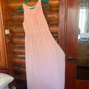 EUC Beautiful Rosy Beaded Modest Formal Gown